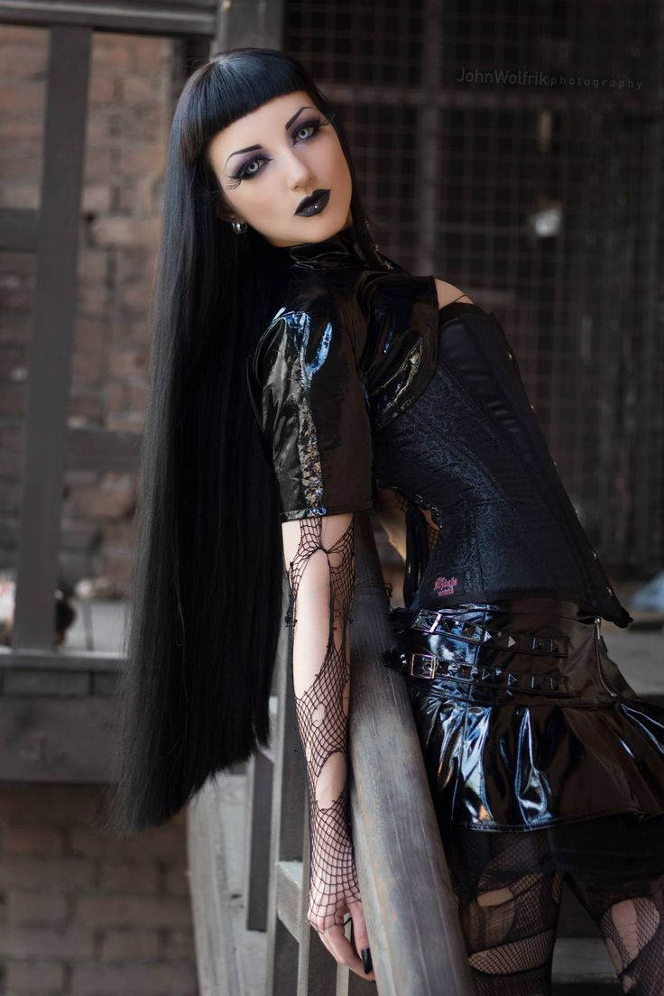 Goth girl dating website