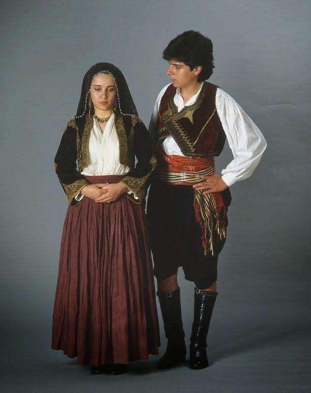 pour CHYPRE: Costumes traditionnels de Chypre sur Facebook