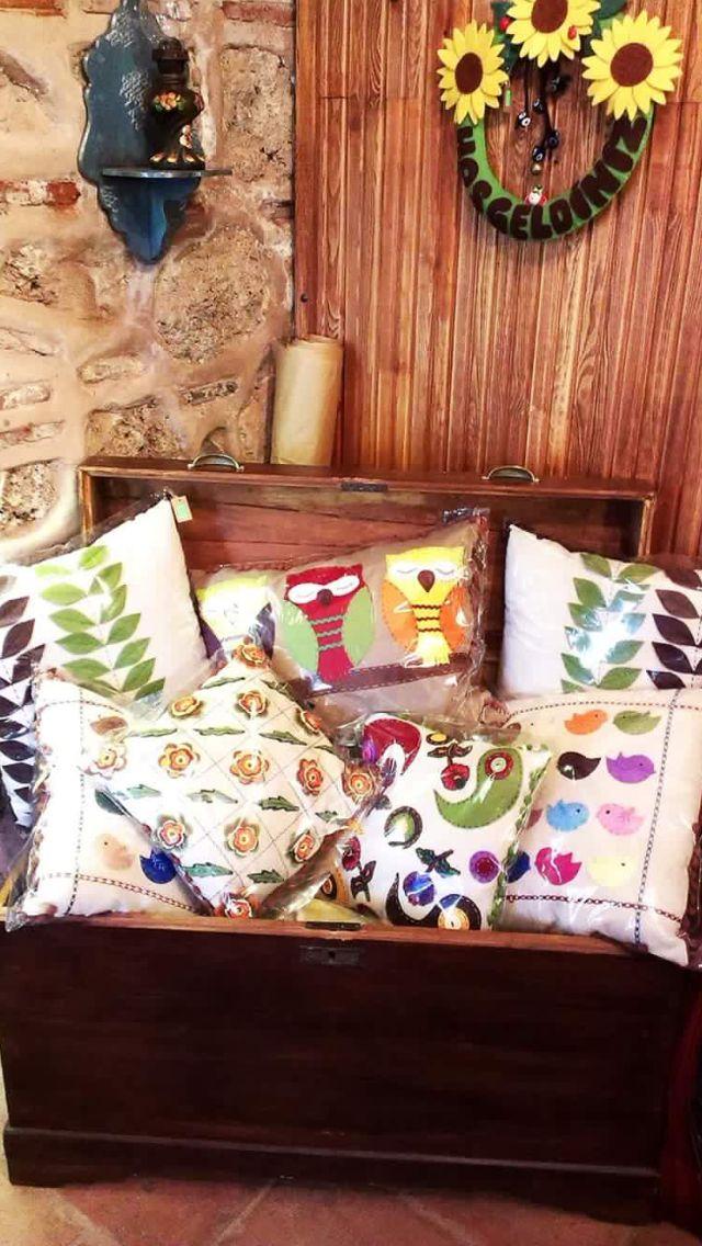 Dekoratif yastıklar Balibeyhan No:26 Bursa