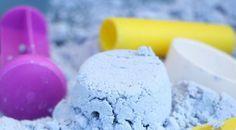 Recette de Sable de lune -1 tasse d'huile végétale -8 tasses de farine blanche tout usage -De craie à ardoise / tableau noir, ou de peinture en poudre que vous pourrez trouver en ligne sur le net, amazon.com