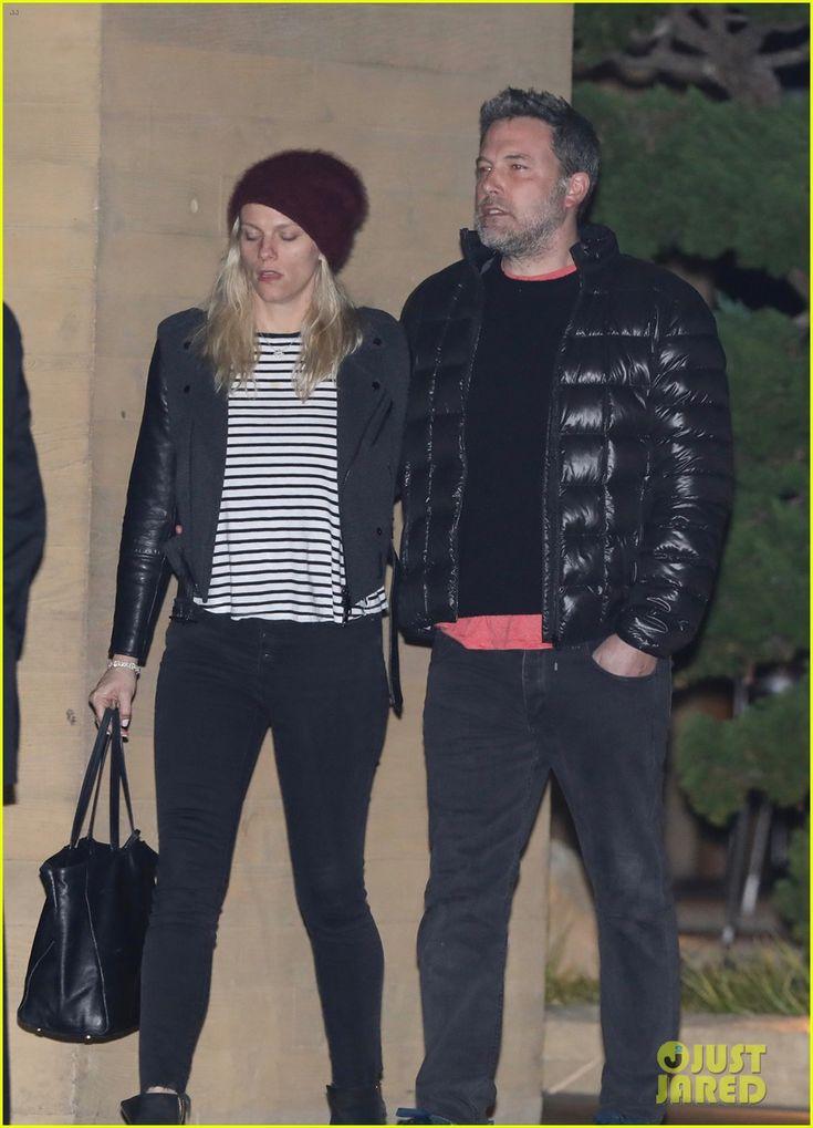 Ben Affleck & Lindsay Shookus Couple Up for Post-Christmas Dinner Date