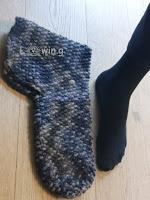 FILZPATSCHEN ... Puschen ... Hausschuhe ... Stricken und Filzen ....  house slippers ... by knitting and felting