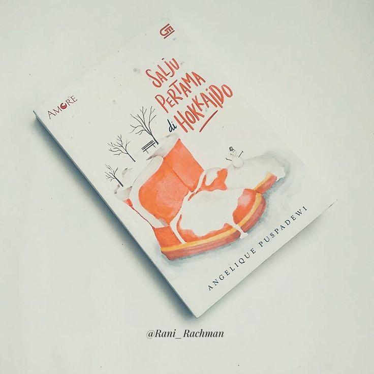 "#ObrolinBuku #DailyIgBookReview Day 4 #SaljuPertamadiHokkaido with #PeekyBookTourian  Judul : Salju Pertama di Hokkaido Penulis : @angelique.puspadewi  Penerbit : @bukugpu @fiksigpu - Jumlah halaman: 252 halaman Progress: 206/252 halaman ""If the world is a book and people who do not travel read only a page. "" Mark Twain  Mungkin kata-kata dari Mr. Twain lah yang aku rasakan ketika membaca karya kak @angelique.puspadewi. Karna aku merasa Salju Pertama di Hokkaido ini adalah separuh dunia…"