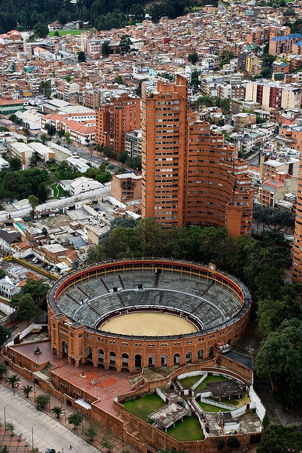 Bogota Bull Ring / Plaza de toros by Michael Keen, via Flickr