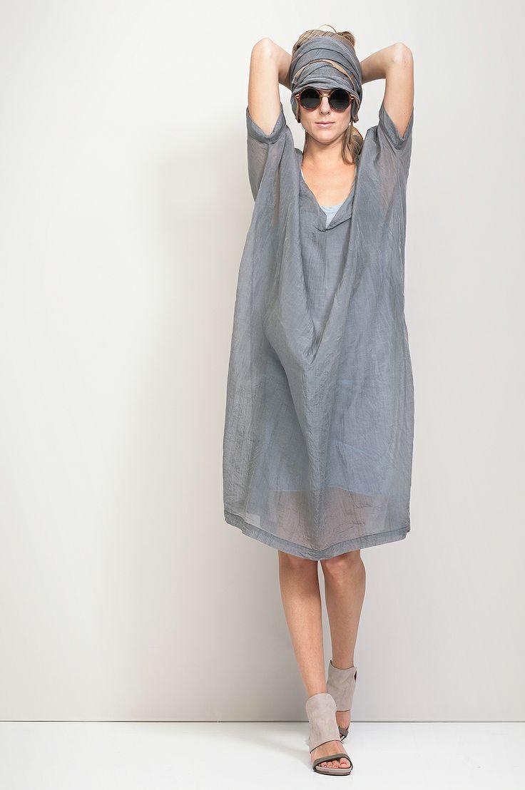 OLIO › DRESSES|TUNICS › HUMANOID WEBSHOP