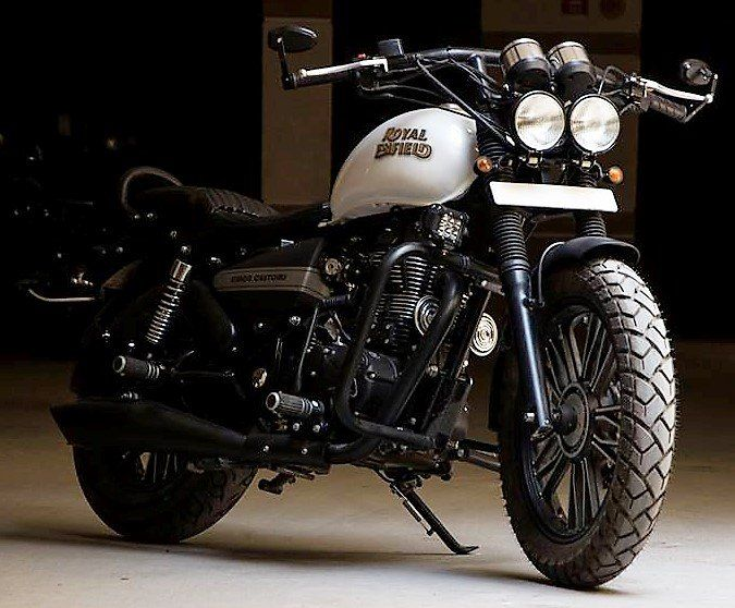 Royal Enfield Modified Royal Enfield Thunderbird Ivory Black, Royal Enfield #RoyalEnfieldThunderbirdIvoryBlack