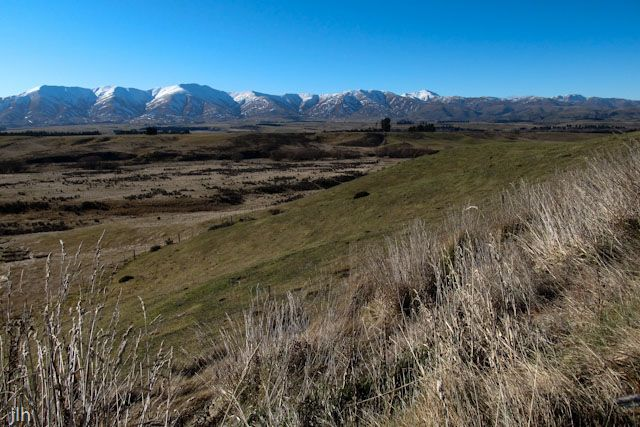 This shot is taken from the roadside near Middlemarch in #CentralOtago on our recent trip to the South Island.