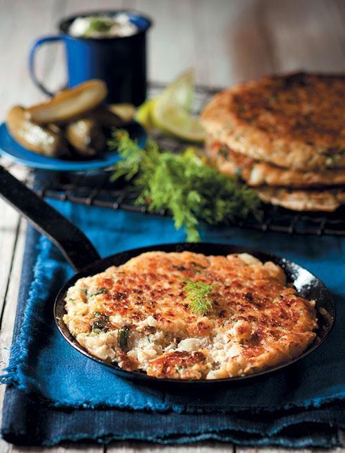 Fish cakes with garlic and capers mayonnaise | Viskoekies met knoffel-en-kappertjiesaad-mayonnaise