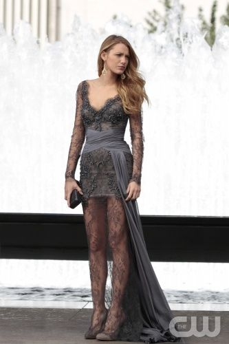 Blake Lively on Gossip Girl in a Zuhair Murad gown. The top