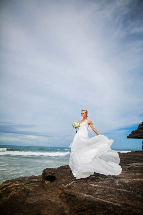 #beachwedding #wedding #weddingphotography #baliwedding