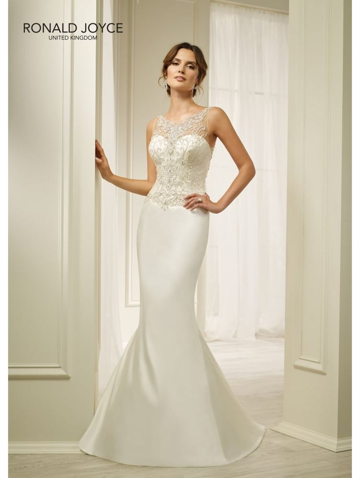 Sale price on this dress is for the sample dress in the size and colour we have have in stock