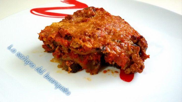 PARMIGIANA CON MELANZANE GRIGLIATE (VERSIONE ABRUZZESE) https://loscrignodelbuongusto.altervista.org/parmigiana-con-melanzane-grigliate/ #parmigiana #melanzane #ricette #food #cucina #cucinare #Foodie #Cooking #Abruzzo #primipiatti  Condividi la r