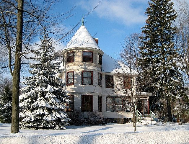 Victorian Houses The Snow And Victorian On Pinterest