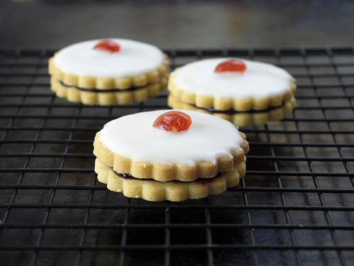 Empire Biscuits from London Eats