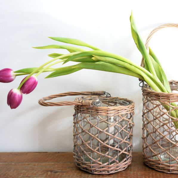 Casablanca glass & wicker vase with handle - hardtofind.