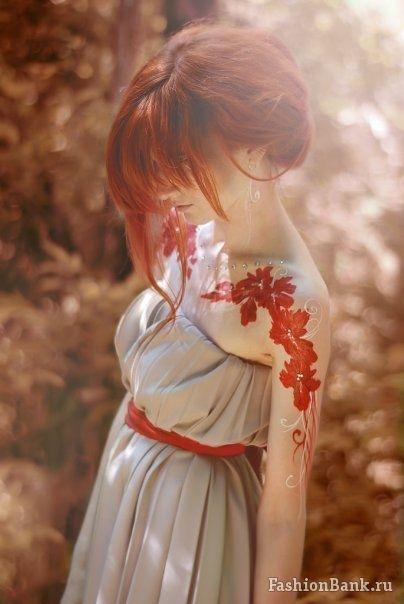 done. White Tattoo, Art Tattoo, Tattoo Pattern, Red Flower, Red Hair, Ink Tattoo, Shoulder Tattoo, Redhair, Beautiful Tattoo