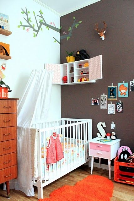 nursery with little bedside table and barbapapas