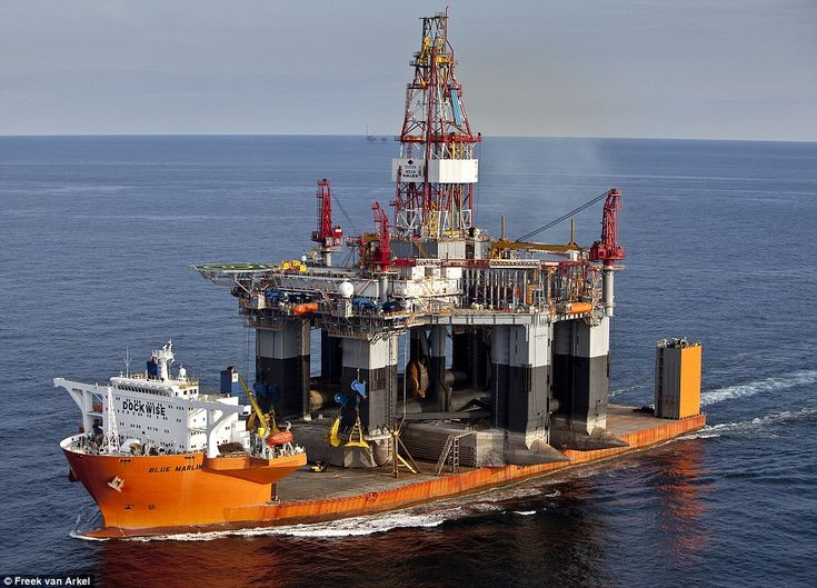 oil rig on a barge