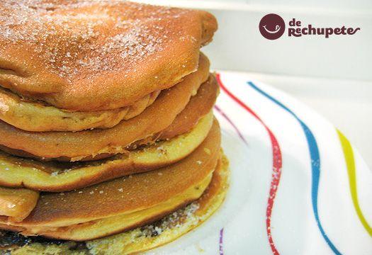 Postre delicioso de cualquier desayuno o merienda que se precie. Unos panqueques al estilo irlandés para celebrar el Pancakes Day. Preparación paso a paso, fotofrafías y trucos