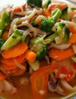 SQUID RECIPE WITH FRIED VEGETABLES