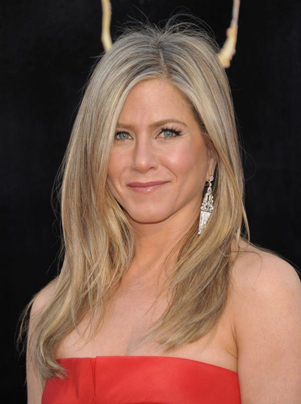 Jennifer Aniston's Perfect Oscar Hair: Get Her Exact Look With Living Proof