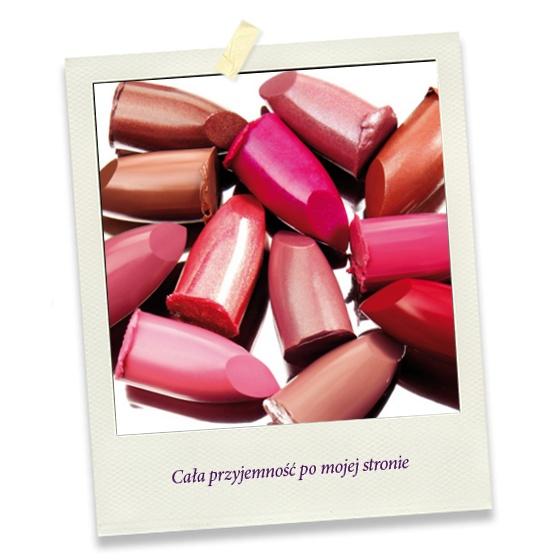 Od jasnego różu po bordo - pomadka to najczęściej używany kolorowy kosmetyk!   Ja zazwyczaj wybieram odcienie brzoskwini.    Jaki kolor pomadki lub błyszczyka nosicie w torebce? :)
