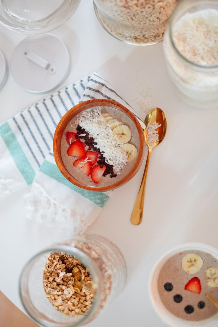 Simplify the morning routine with smoothie bowls! And set up a topping bar to make it fun and interactive for the kids!