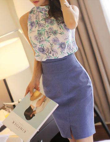 Chic Skirt from Styleonme.  Korean Fashion, Women Fashion, Feminine Look, Classy Look, Office Look, Lovely, Romantic, High Quality, Gorgeous Look, S/S 2015, Style On Me, Louis Angel, Winter Styling  en.styleonme.com www.facebook.com/StyleonmeEn http://en.styleonme.comitems/detail/32431/0106?utm_content=buffer5e03d&utm_medium=social&utm_source=pinterest.com&utm_campaign=buffer