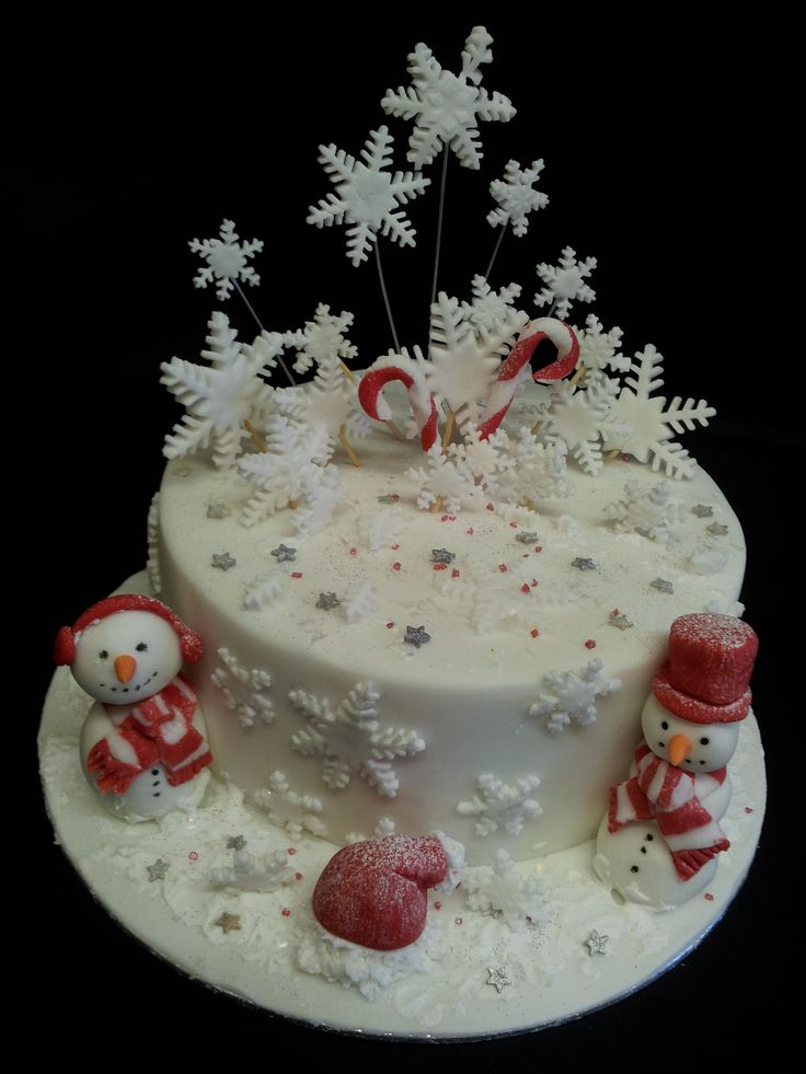 Images Of Christmas Cake Decorations : 1000+ images about Christmas / Winter Cakes on Pinterest ...