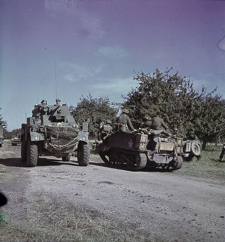 Canadian Humber Mk IV & Bren Gun Carrier on the move in France. Pin by Paolo Marzioli