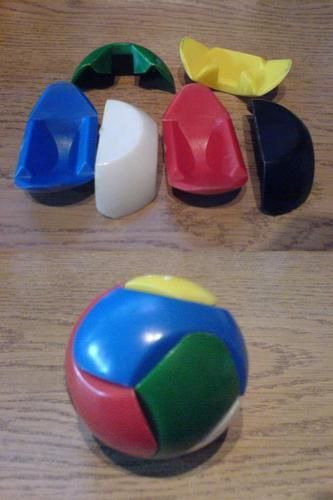 """Recuerdos 1 - Dispuesta ha retomar mi flog con actualizaciones de """"recuerdos"""", veo la imagen de esta pelota-puzzle que me recuerda a mi infancia, recuerdo que era mas divertido tirarla a suelo y que se despedazara xD a montar la mierda bola... Lo mejor de esto, es que hace 18-20 años atrás... teníamos en nuestras manos un futuro millonario... sip... el puto logo de google chrome... xDDDDDDDDDD . . . Me encanta!!! no veo el programa (porq no puedo) pero la escuché y me enamoré... de su voz…"""