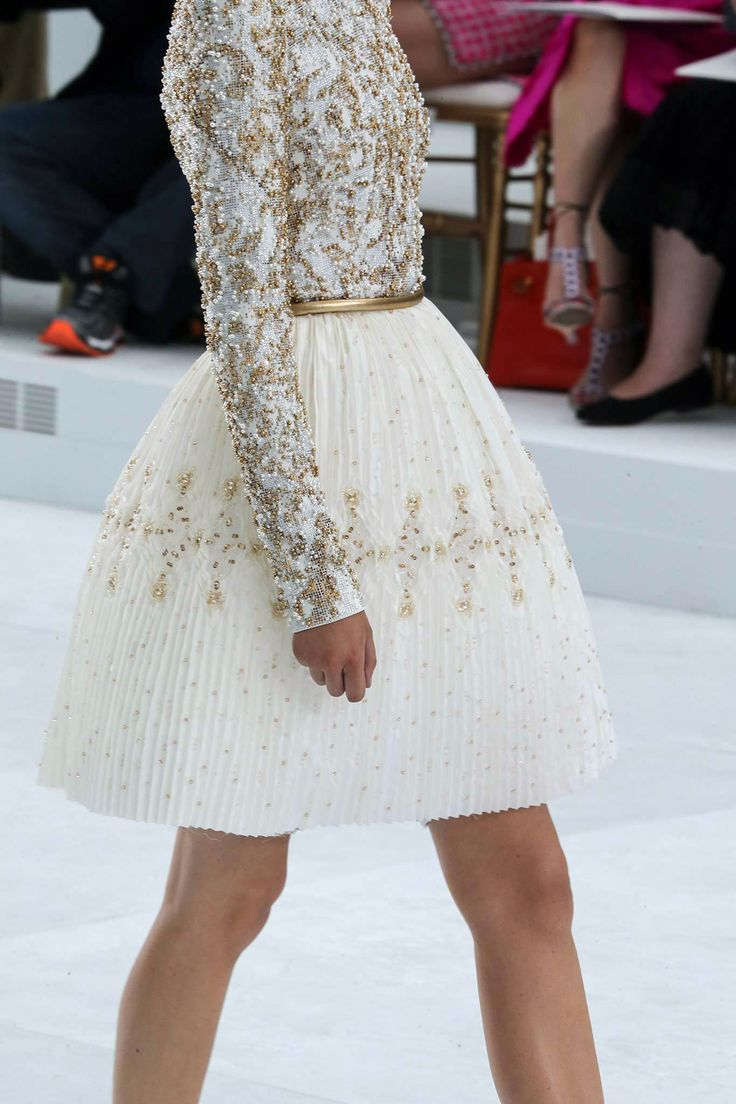 { Chanel - Fall 2014 Couture }