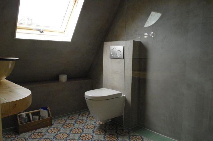 Meer dan 1000 idee n over beton badkamer op pinterest badkamer betonnen wastafel en betonnen - Idee deco betegelde badkamer ...