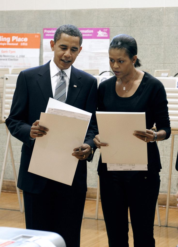 US Democratic presidential candidate Illinois Senator Barack Obama and wife Michelle cast their votes in the 2008 presidential elections in Chicago, Illinois, November 4, 2008. (EMMANUEL DUNAND/AFP/Getty Images) via @AOL_Lifestyle Read more: https://www.aol.com/article/news/2017/02/11/harvard-professor-who-taught-obamas-michelle-should-have-been-president/21712038/?a_dgi=aolshare_pinterest#fullscreen
