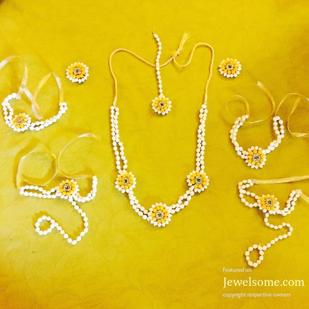 fresh flower jewellery in Pune on Indian Jewellery blog