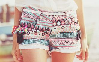shorts aztec pattern pastel girly hipster aztec short short tumblr cute hippie pastel shorts tirbal tribal print multicolor blue pink back black geometric outfit warm weather print colors vintage tribal shorts shapes lines cut off shorts tribal pattern belt summer aztek printed shorts colorful gossip girl