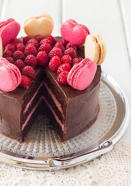 "Chocolate Raspberry Layer Cake with Macaroons ~ via this blog, ""raspberri cupcakes""."