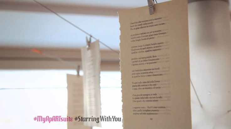 Il viaggiatore prende appunti, incurante della stanchezza cammina lungo le strade di Roma, la sua casa è la poesia. The traveller is taking notes, careless about his tiredness he's walking along the streets of Rome, his home is the poetry... One story, your stories.. #MyApARTsuite #starringwithyou The suite in #Rome starring with you