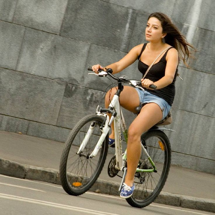 "masyc: "" #trekbike #trek #trekbikes #trekbicycles #bikegirl #girlonbike #cyclechic #gorkiypark #cycle #bike #bicyclist #bicycle #velo #bici #velo #girlrider #fahrrad #rower #bicicleta #bicicletta #onabike #cycling #cyclists #cyclisme (at Пушкинский..."