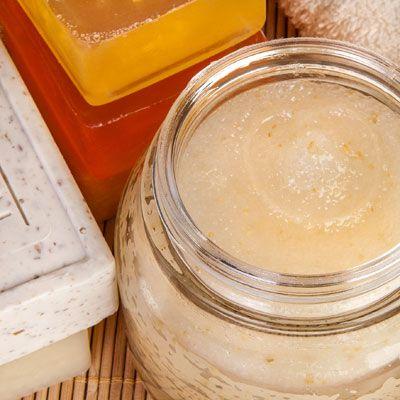 Gesichtscreme selber machen: So können Sie eine Honigcreme selber machen, probieren Sie das folgende Rezept mit Anleitung ...