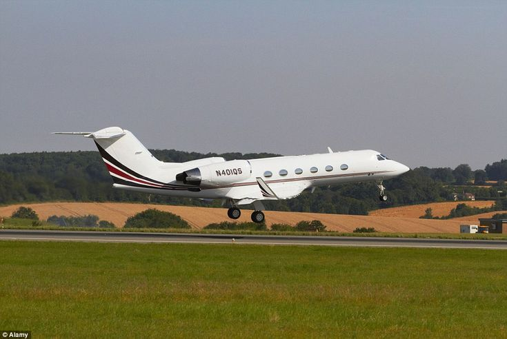 Action hero Tom Cruise owns a Gulfstream IV aircraft, estimated at US$36 million (stock ph...