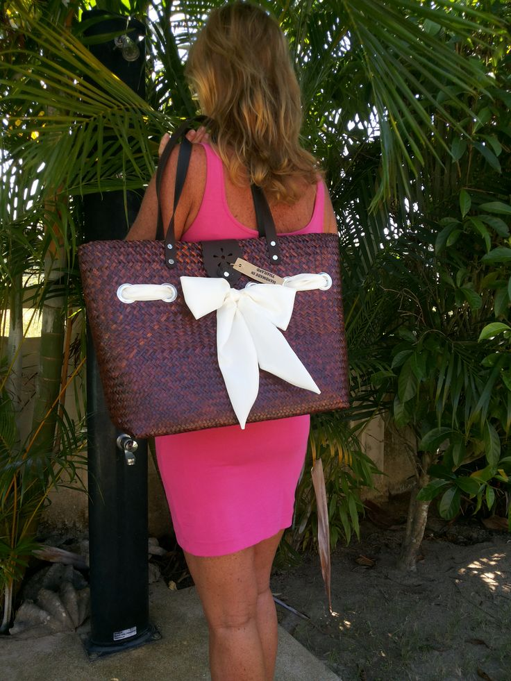 handmade straw bags from thailand  visit our website  WWW.DIODONNA.NL