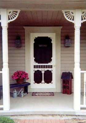 A house without a screen door is like going topless to church.  It just isn't done.  #TheSouth