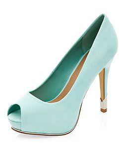 Chaussures vert menthe à talons et bouts ouverts avec empiècement en métal | New Look