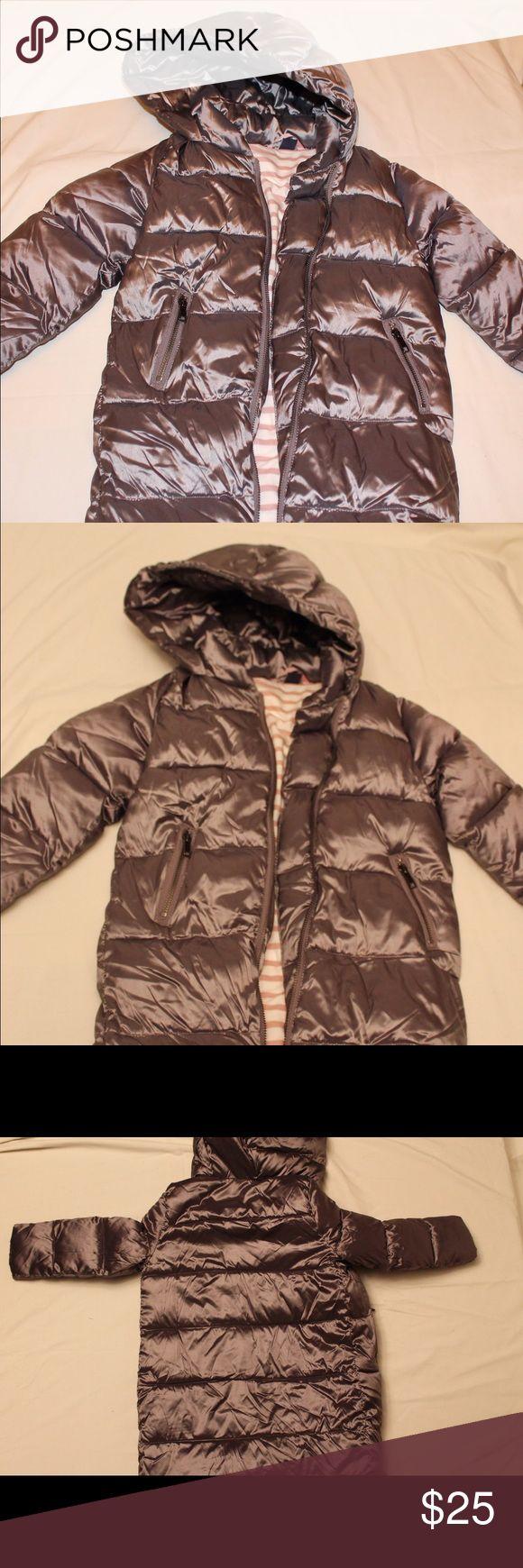 GAP kids Silver water resistant winter Jacket Silver jacket, up to knee, size 5 for Kids GAP Jackets & Coats Raincoats