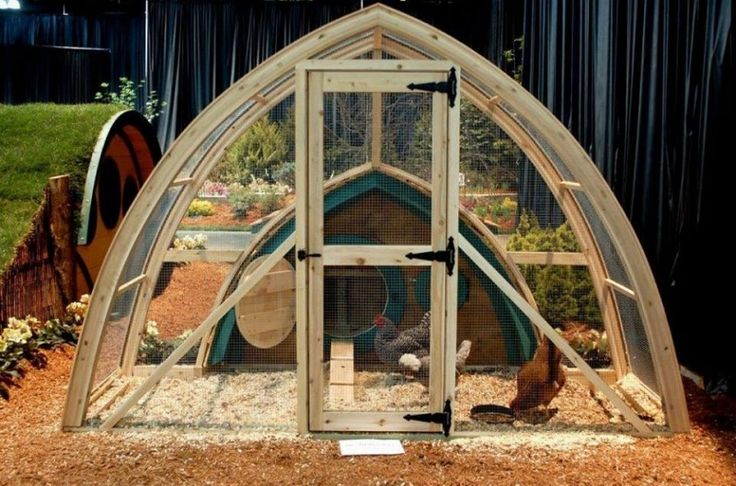 461 best images about chicken and duck coops on pinterest for Duck houses and runs