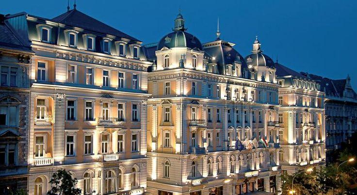 €222,04 Het Corinthia Hotel Budapest heeft 5 sterren en ligt op de Grand Boulevard.