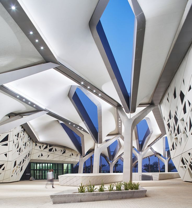 16 best Zaha hadid images on Pinterest | Architecture, Modern and ...