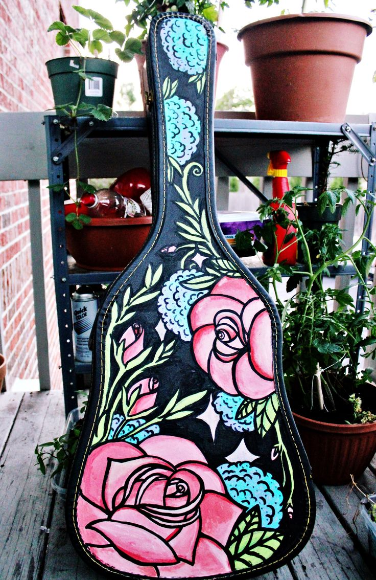www.AmericanSweetheartMA.Blogspot.com  Hand painted guitar case