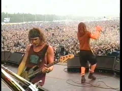 Pearl Jam - Live @ Pinkpop '92 [Full Concert] - http://afarcryfromsunset.com/pearl-jam-live-pinkpop-92-full-concert/